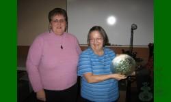 Gagnante du Tirage annuel 2007 - Poppy Show, assiette,  vert glacier: Nicole Petit