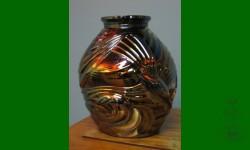 Seagull. Vase. Améthyste noirâtre. Pièce très rare