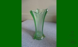 Drapery, Northwood. Vase. Vert