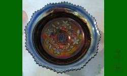 Fantail, qui a le motif Butterfly & Berry extérieur, Fenton. Bleu