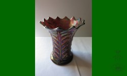 Leaf Columns, Northwood. Vase trapu. Améthyste