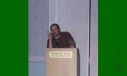 Tom Burns. Encanteur du congrès.